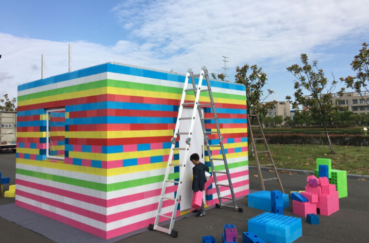 Custom high durable non-toxic portable kids large plastic building