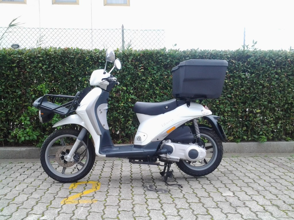 used scooter piaggio liberty 125cc delivery import export