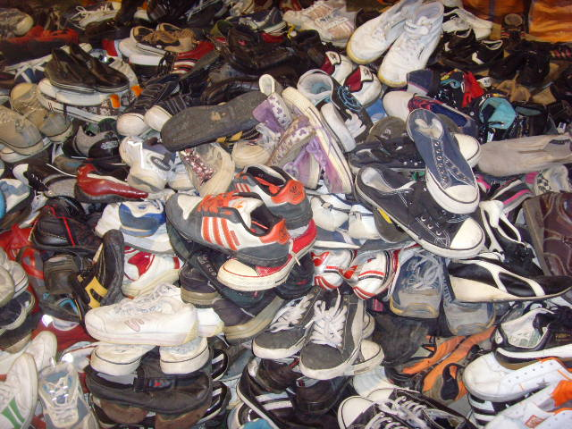 Where To Buy Used Shoes In Bulk