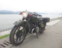 Two wheels army green 750cc motorcycle sidecar