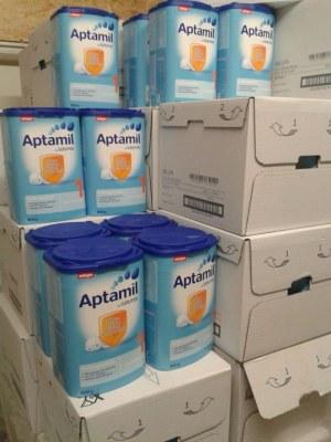 German Aptamil baby milk powder