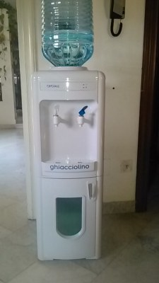 Water dispensers, Stocklot ,Italy Import Export