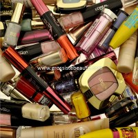 LIQUIDATION Lot maquillage mix 2 marques - 500 pièces
