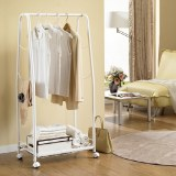 Moveable basket clothes rack