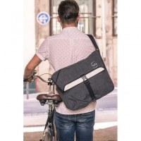 Reflective messenger bag for cycling